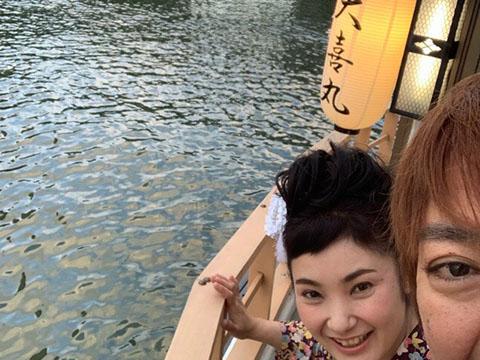 屋形舟でシマ唄ライブ